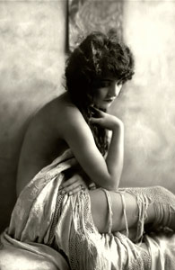 The Original Photo of Twenties Actress Peggy Shannon